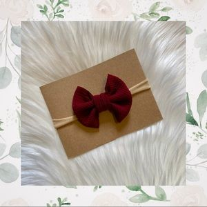 👑Burgundy Clip In Bow or Bow On Nylon!